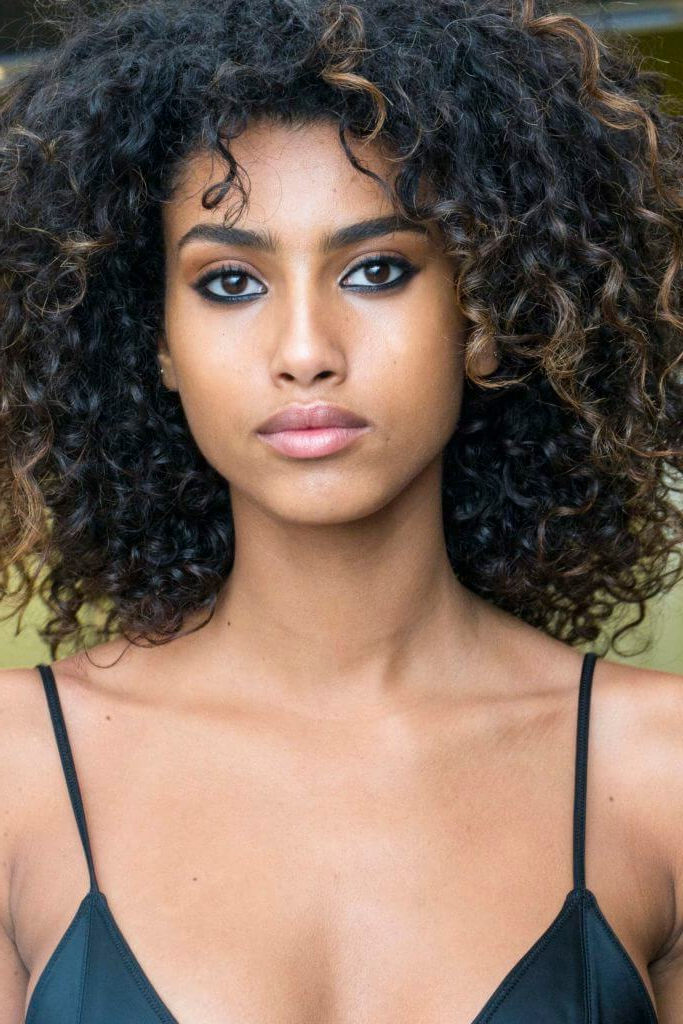 21 Beautiful Brown Balayage Hair Looks You'll Fall In Love Intended For Short Brown Balayage Hairstyles (View 17 of 20)