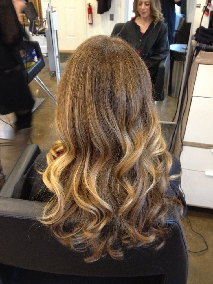 22 Blonde Balayage Hair Designs To Upgrade Your Look With Blonde Balayage Hairstyles (View 12 of 20)