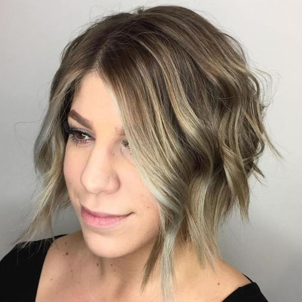 24 Cool Angled Short Bob And Long Haircuts For Fine Hair With Regard To Cool Toned Angled Bob Hairstyles (View 3 of 20)