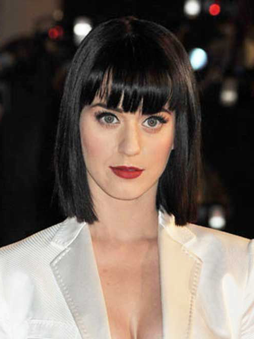 25+ Spectacular Blunt Bob With Bangs Hairstyles (View 6 of 20)