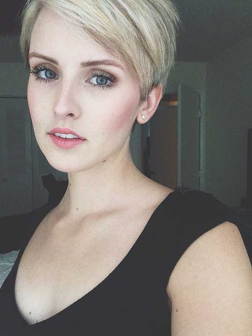 30 Long Pixie Cut Pictures For Sexy Long Pixie Hairstyles With Babylights (View 2 of 20)