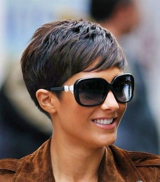 30 Simple Long Pixie Haircuts For Round Faces 2018 For Sexy Long Pixie Hairstyles With Babylights (View 17 of 20)