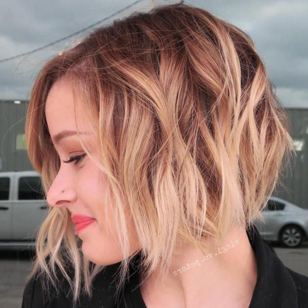 30 Stunning Balayage Hair Color Ideas For Short Hair 2021 For Short Bob Hairstyles With Balayage Ombre (View 15 of 20)