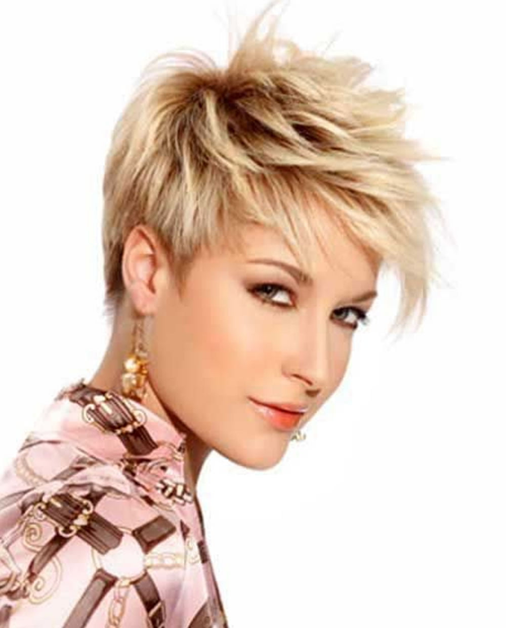 31 Chic Short Haircut Ideas 2018 & Pixie & Bob Hair With Preferred Razor Cut Pink Pixie Hairstyles With Edgy Undercut (View 10 of 20)