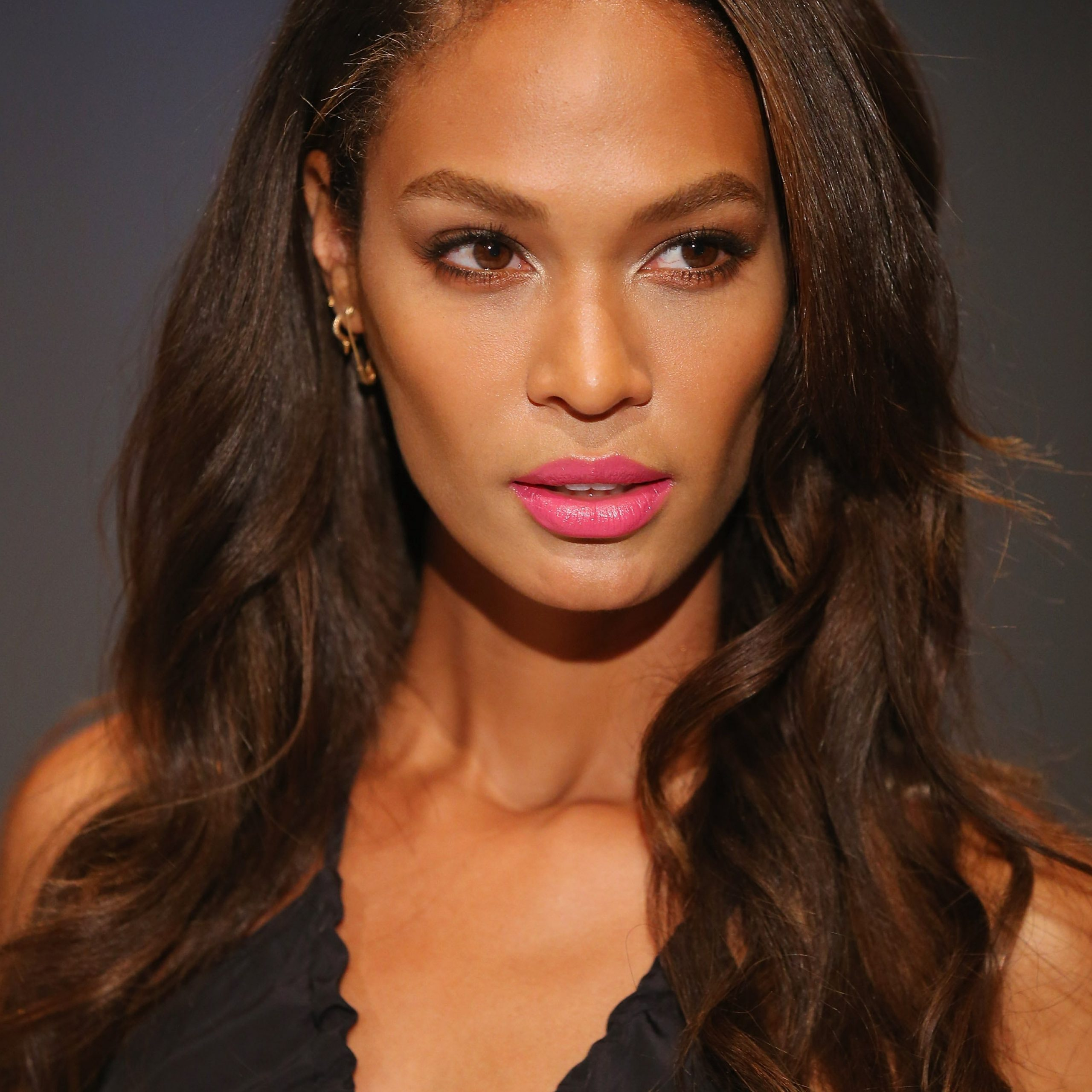 4 Hair Colors That Look Good On Every Skin Tone   Glamour Throughout Short Hairstyles With Delicious Brown Coloring (View 18 of 20)