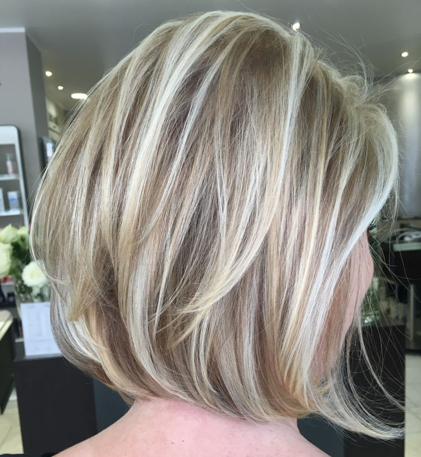 60 Layered Bob Styles: Modern Haircuts With Layers For Any With Blunt Cut Blonde Balayage Bob Hairstyles (View 2 of 20)
