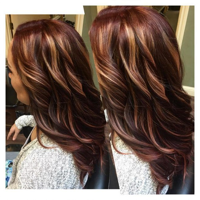 60 Stunning Dark And Light Brown Hair With Highlights With Natural Brown Hairstyles With Barely There Red Highlights (View 4 of 20)