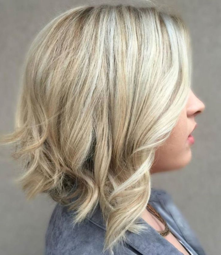 70 Best A Line Bob Hairstyles Screaming With Class And With Regard To Lavender Balayage For Short A Line Haircuts (View 2 of 20)