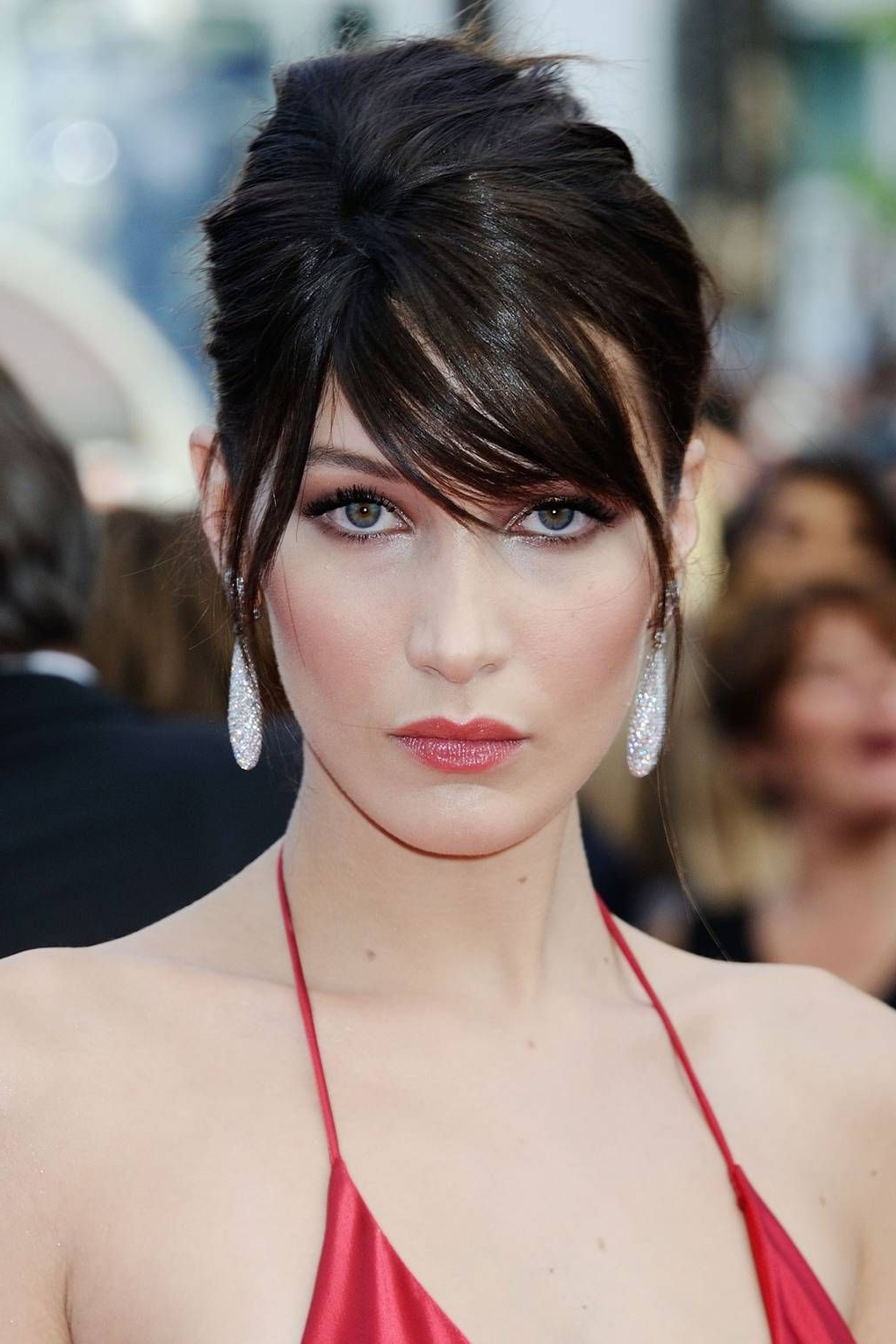 A Face Framing Fringe Is This Year's Must Have Beauty Inside Most Recently Released Lob Hairstyles With A Face Framing Fringe (View 13 of 20)