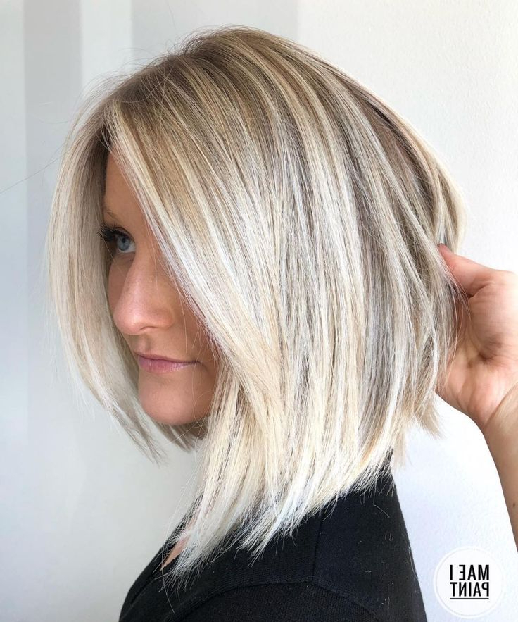 Asymmetrical Angled Blonde Bob | Thin Hair Haircuts Intended For Warm Balayage On Short Angled Haircuts (View 3 of 20)