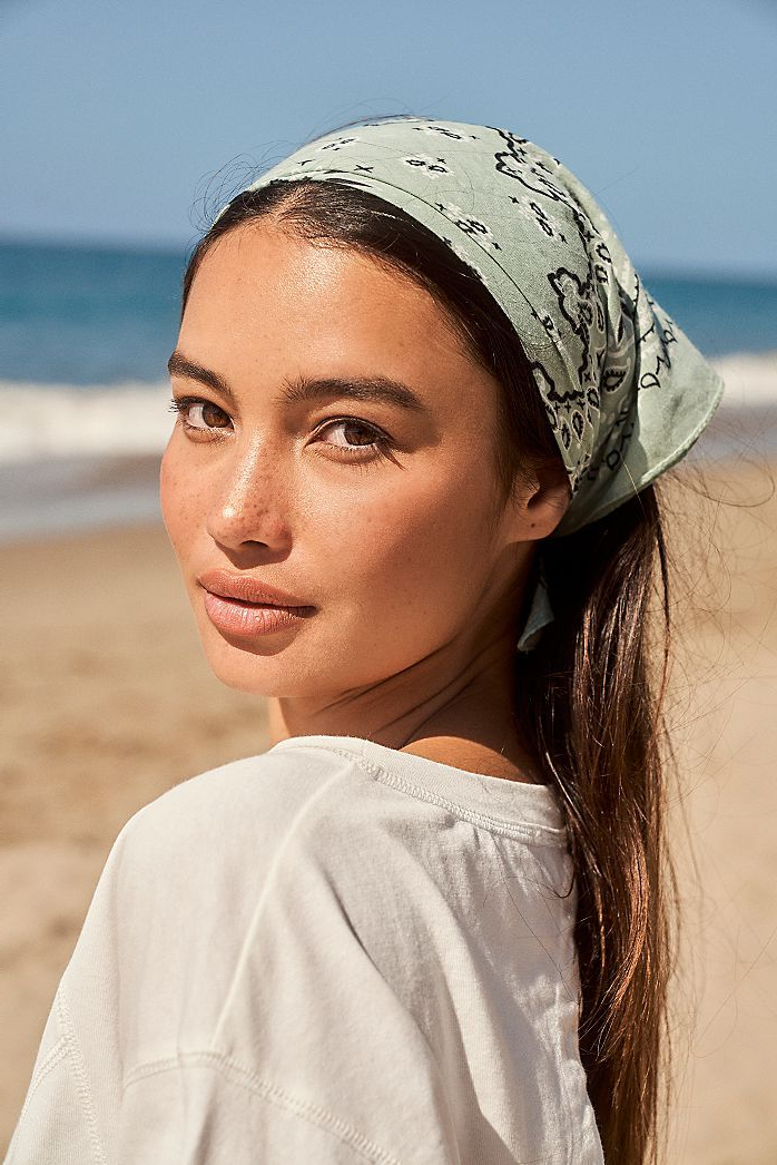 Bandana Hairstyles For Long (View 17 of 20)