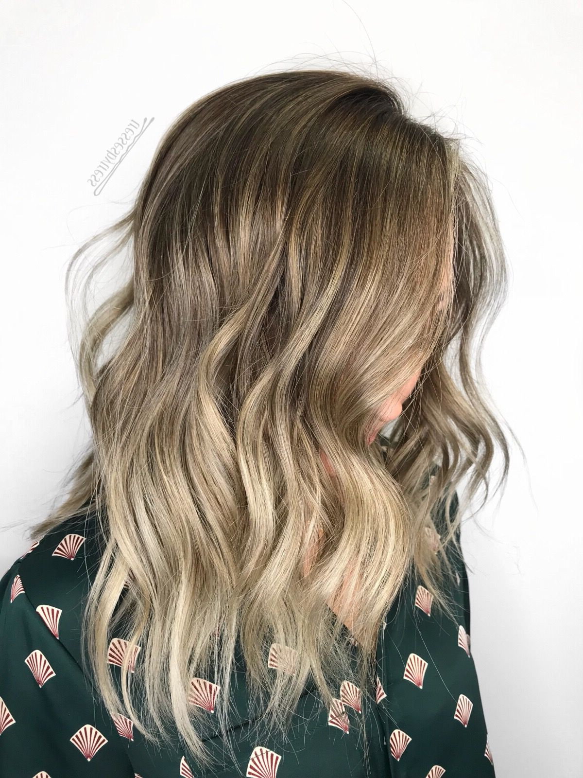 Beachy Beige Blonde Balayage Ombré Lob   Ombre Hair Blonde Inside Beachy Waves Hairstyles With Balayage Ombre (View 4 of 20)