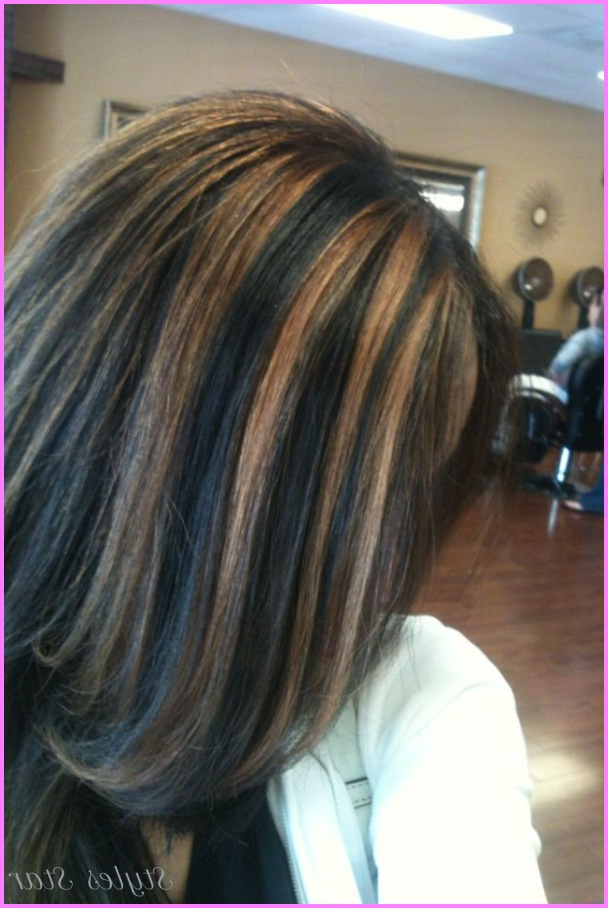 Black Hair With Caramel Highlights Pictures – Star Styles For Black Hairstyles With Brown Highlights (View 18 of 20)