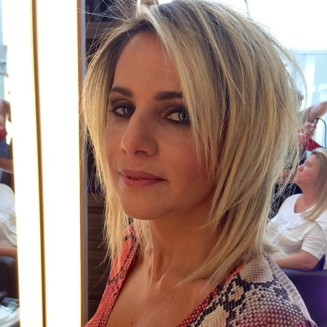 Blonde Shoulder Length Shaggy Layered Cut With Face In Well Known Lob Hairstyles With Face Framing Layers (View 6 of 20)