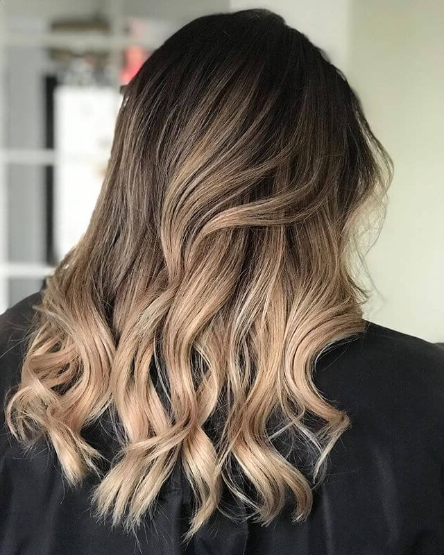 Featured Photo of Brown Blonde Balayage Hairstyles