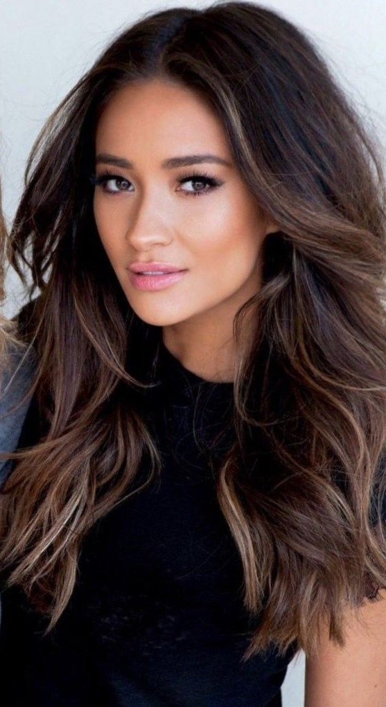 Brown Hair Colors For Fall 2019 Pertaining To Short Hairstyles With Delicious Brown Coloring (View 13 of 20)