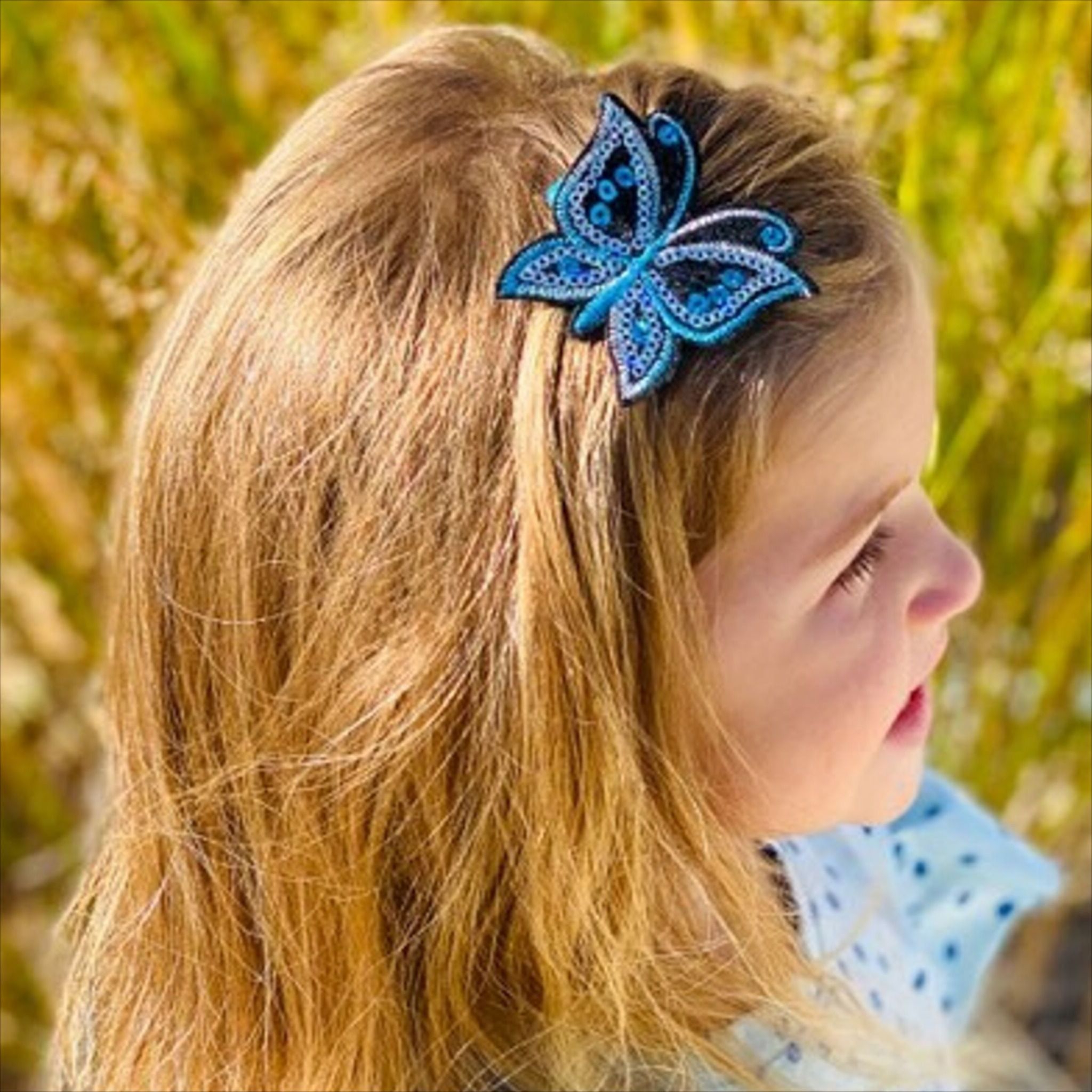 Featured Photo of Butterfly Clips Hairstyles