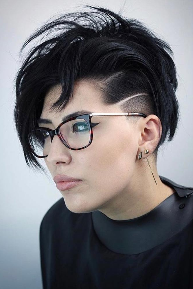 Current Sleek Coif Hairstyles With Double Sided Undercut Throughout 42 Excellent Undercut Hairstyle Ideas For Women (View 2 of 20)