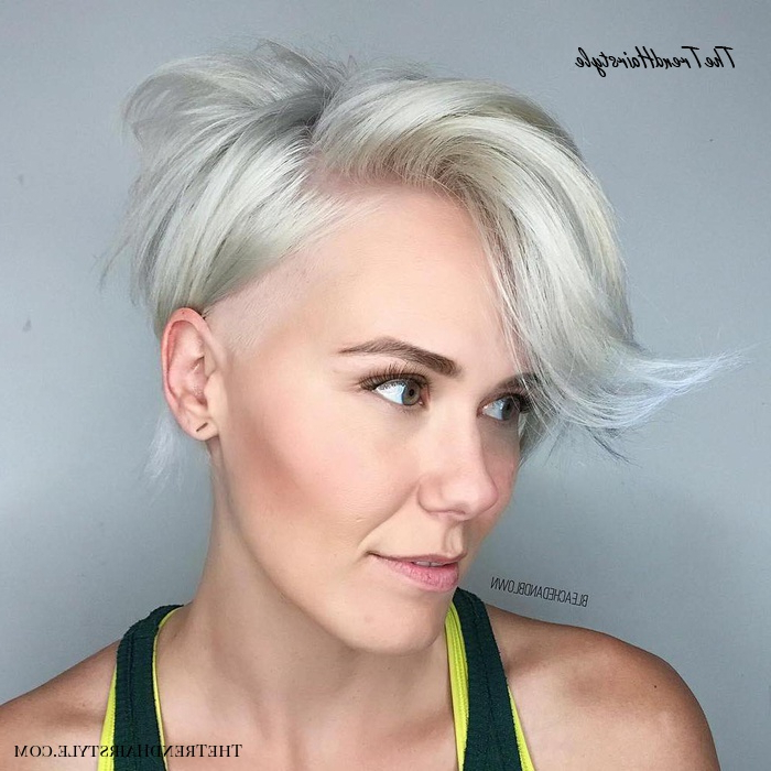 Fashionable Asymmetrical Pixie Hairstyles With Pops Of Color Regarding Asymmetrical Side Parted Pixie Bob – 40 Bold And Gorgeous (View 3 of 20)