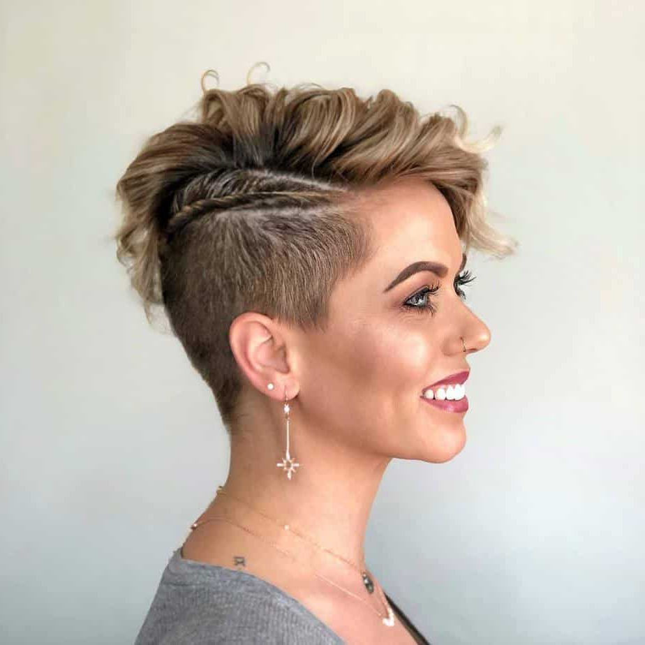 Fashionable Classic Undercut Pixie Haircuts With Pixie Cuts 2021: Best Tendencies And Styles From Classic (View 16 of 20)