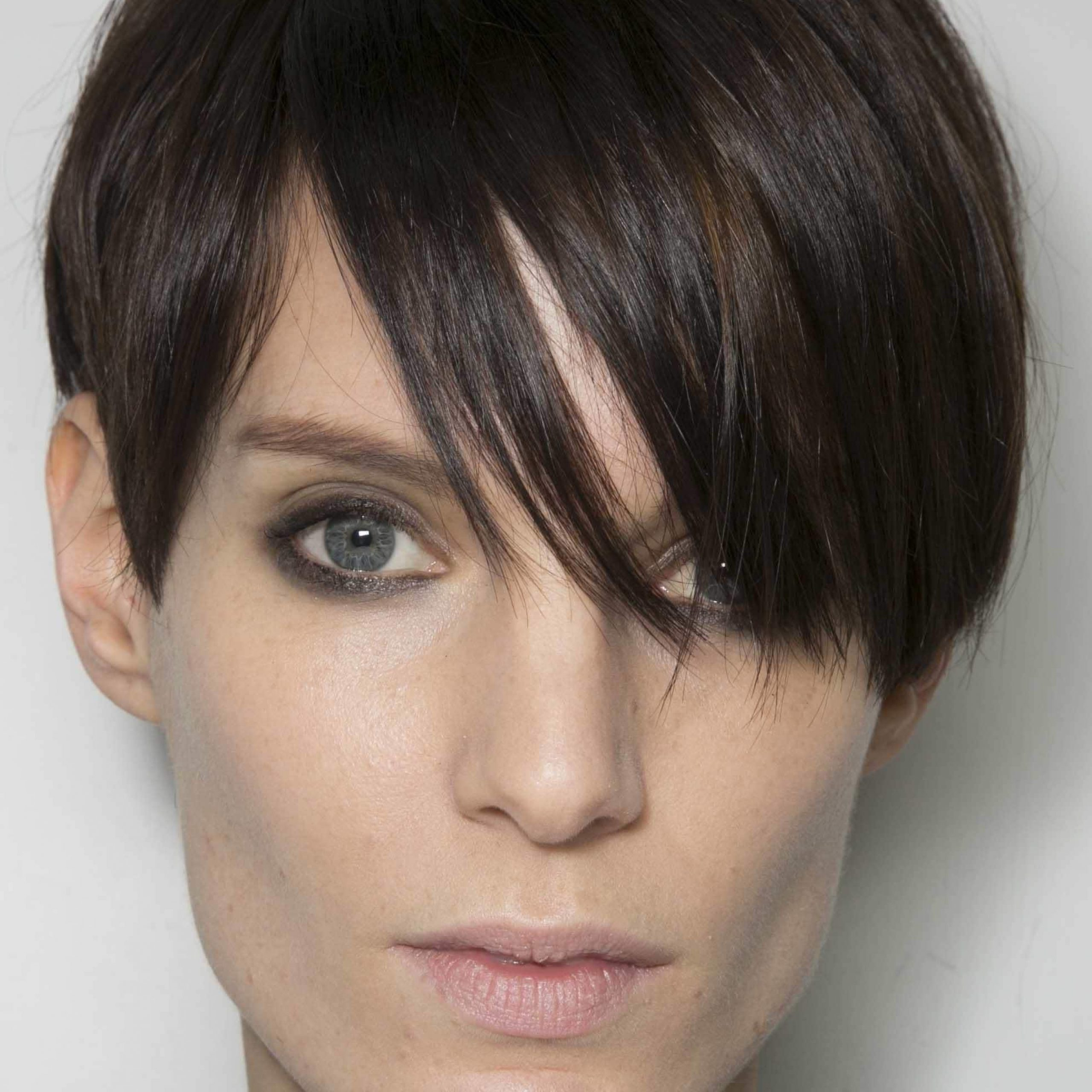 Fashionable Spiky Short Hairstyles With Undercut With Regard To 2018 Stunning Spiky Pixie Cuts You Should Get It (View 2 of 20)