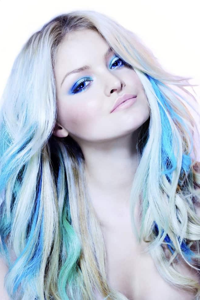 Favorite Short Hairstyles With Blue Highlights And Undercut Intended For Top 25 Blue Hair Streaks Ideas For Girls – Sheideas (View 7 of 20)