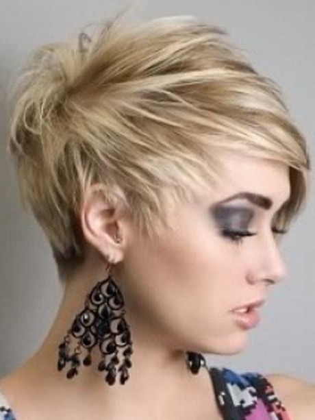 Graduated Layered Haircut With Widely Used Graduated Bob Hairstyles With Face Framing Layers (View 8 of 20)