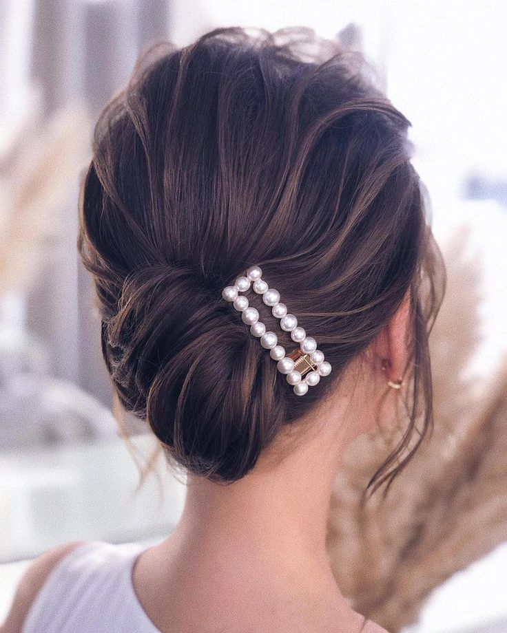 Hair Clip Styles For Fancy Girls – Fashionactivation En Within Most Recently Released Clip Hairstyles (View 16 of 20)