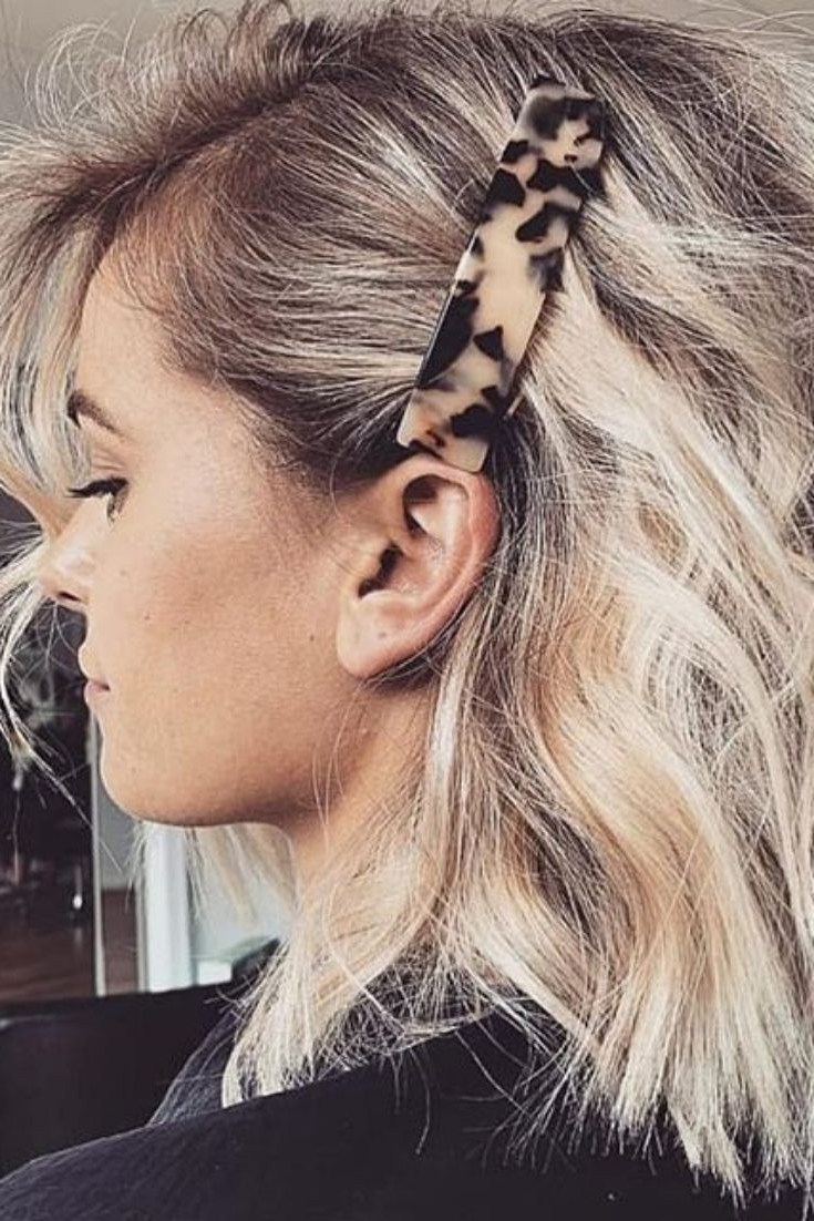 Hair Clip Styles For Fancy Girls In (View 11 of 20)