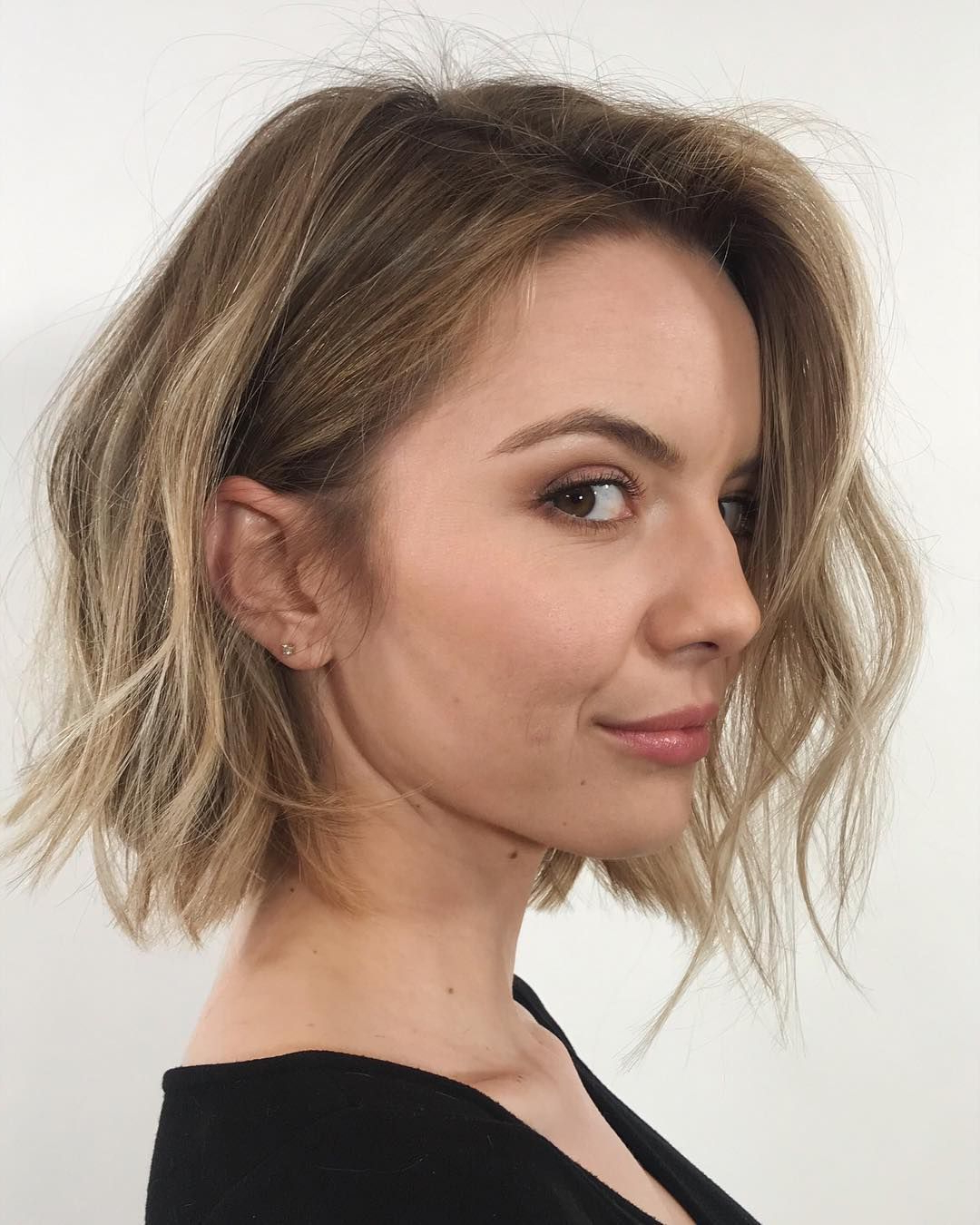Haircuts For Fine Pertaining To Well Known Subtle Face Framing Layers Hairstyles (View 14 of 20)