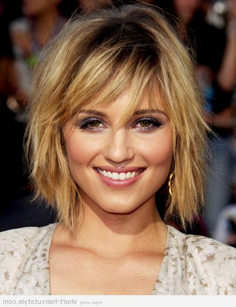 Hairstyles Chin Length Throughout Well Liked Chin Length Bangs And Face Framing Layers Hairstyles (View 13 of 20)