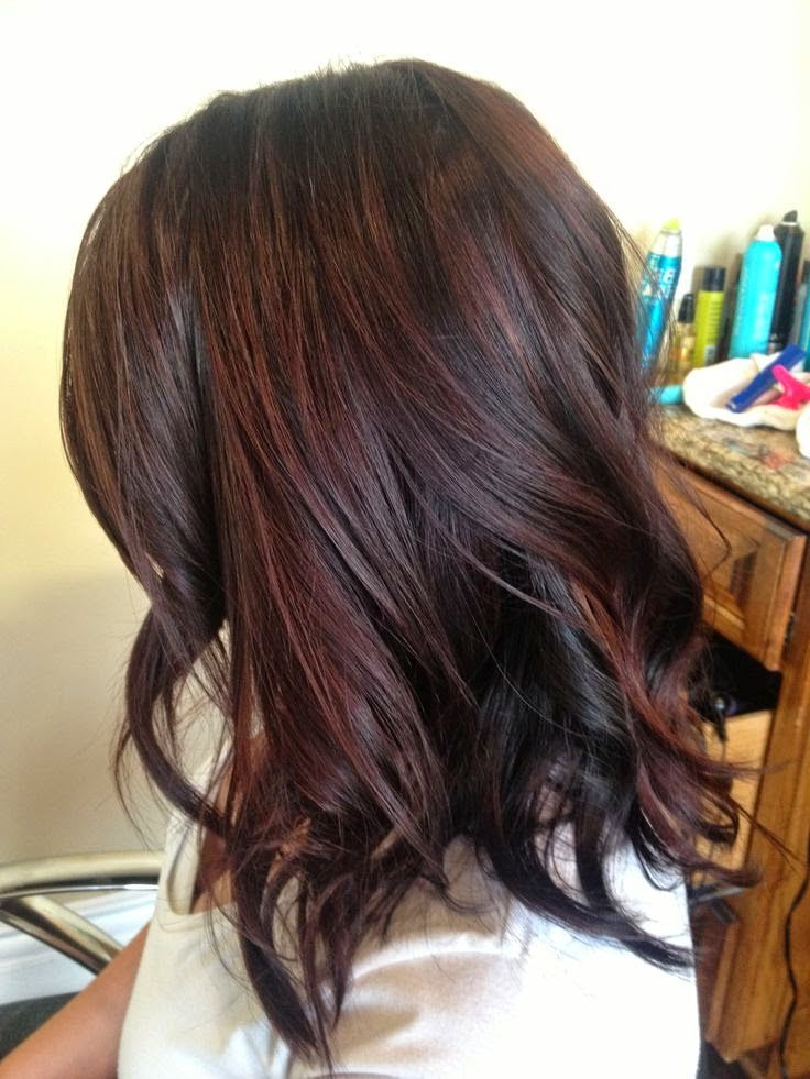 How To Dye Dark Brown Hair With Red Highlights Naturally Within Natural Brown Hairstyles With Barely There Red Highlights (View 6 of 20)