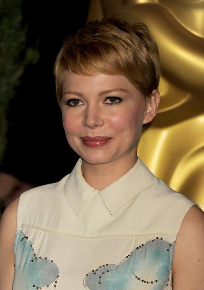 Karine Vanasse: 2013 Women Classic Pixie Haircuts With Regard To Trendy Classic Undercut Pixie Haircuts (View 18 of 20)