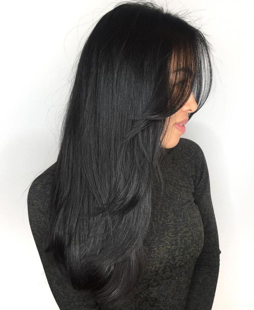 Latest Long Layers And Face Framing Bangs Hairstyles Regarding 50 Cute And Effortless Long Layered Haircuts With Bangs (View 12 of 20)