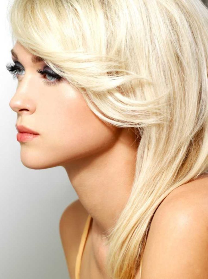 Most Current Blunt Bob Hairstyles With Face Framing Bangs Regarding 15 Best Hairstyles For Square Face – The Frisky (View 9 of 20)
