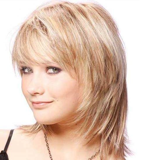 Most Recent Chin Length Bangs And Face Framing Layers Hairstyles With Regard To 20 Bobs For Round Faces (View 9 of 20)
