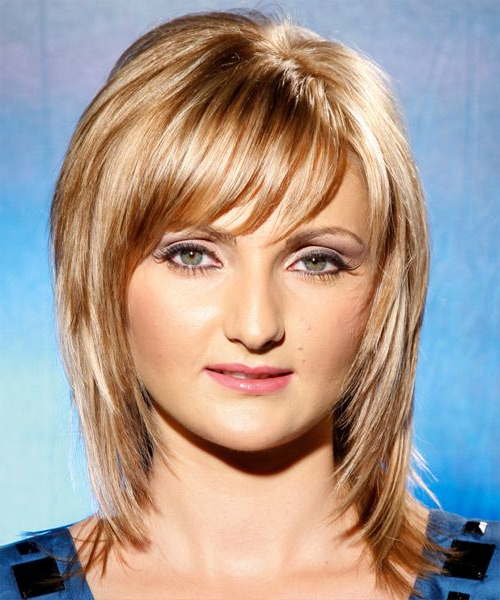 Most Up To Date Chin Length Bangs And Face Framing Layers Hairstyles Pertaining To Pin On Hairstyles (View 7 of 20)