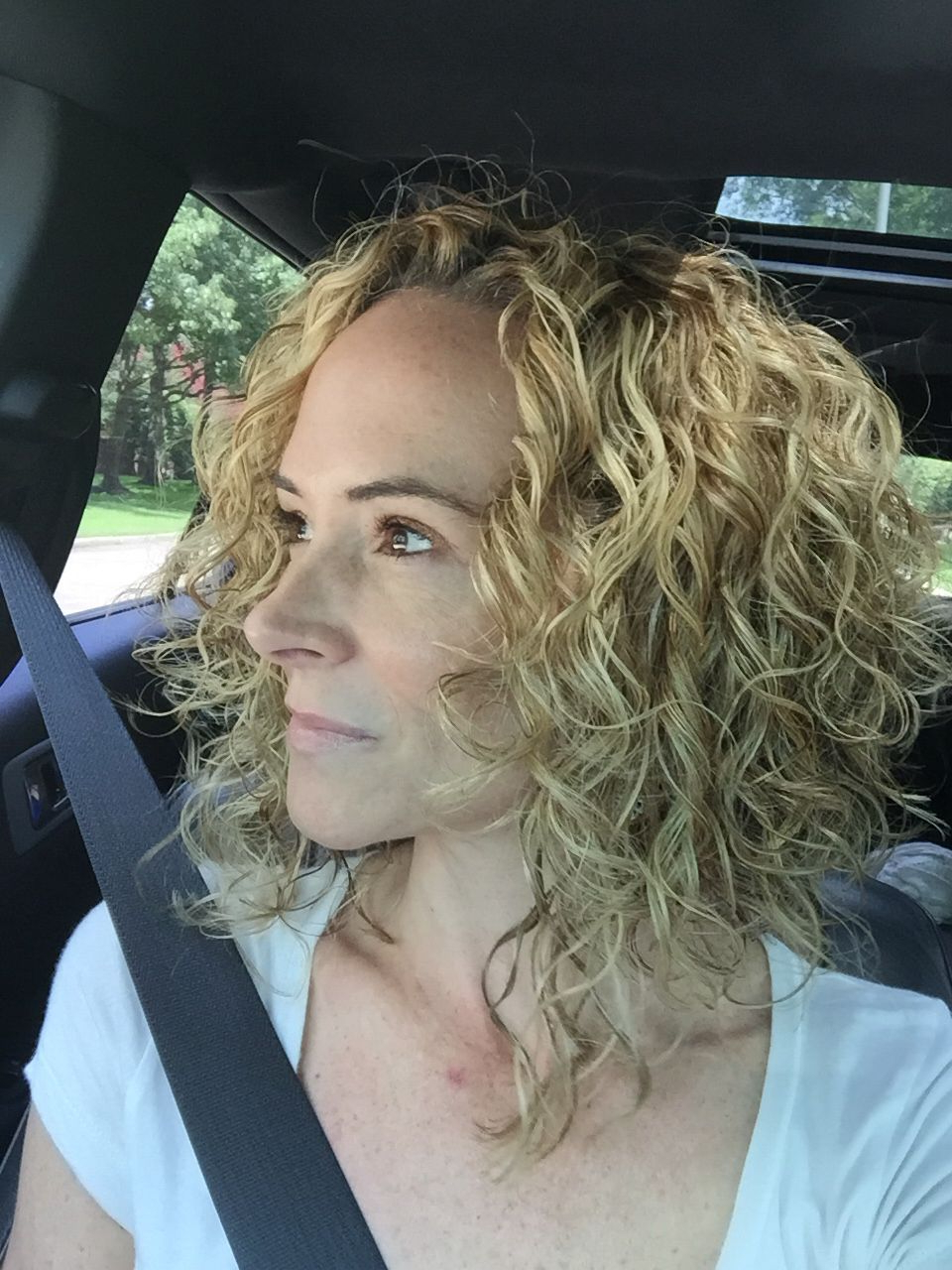 Pin On Hair Within White Blonde Curly Layered Bob Hairstyles (View 16 of 20)