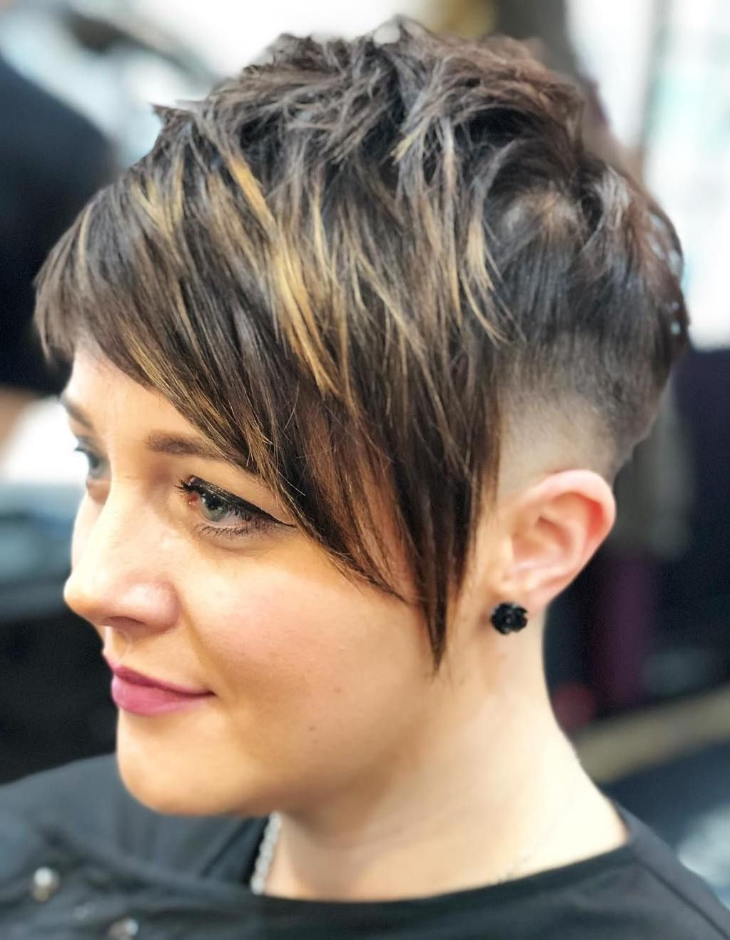 Pixie Haircuts With Bangs – 50 Terrific Tapers (View 6 of 20)