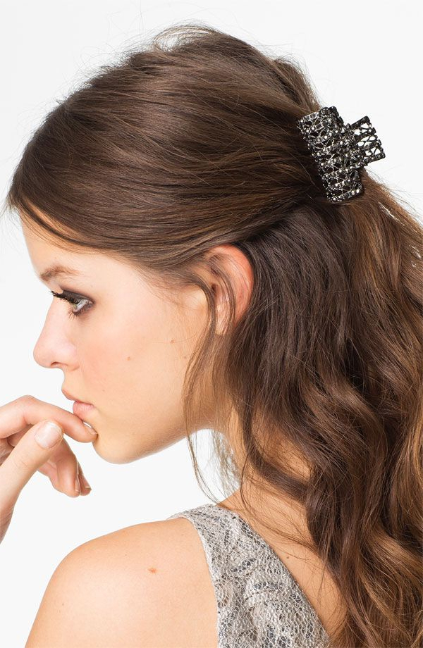 Featured Photo of Clip Hairstyles
