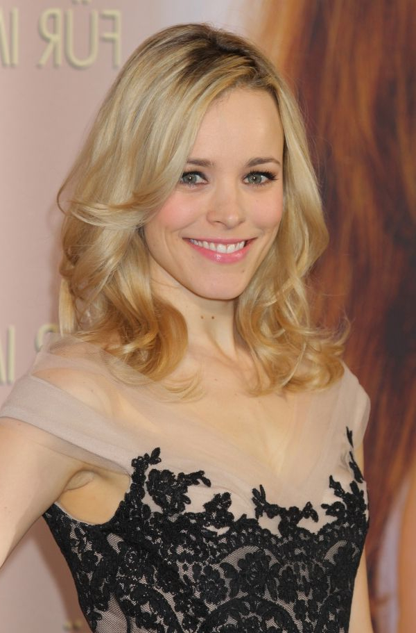 Rachel Mcadams – Soft Style, Face Framing Layers (View 10 of 20)
