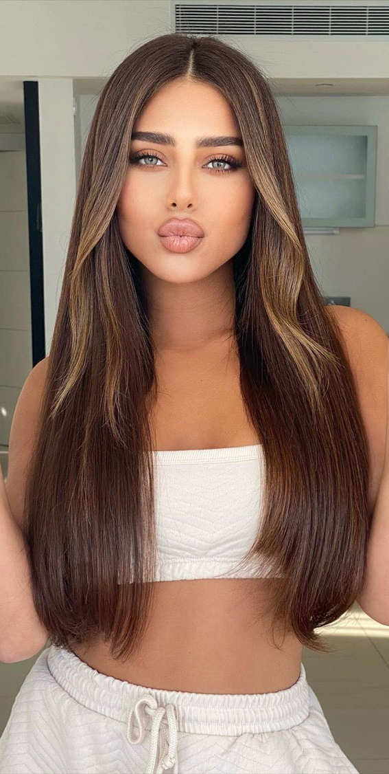 Trendy Brown Hair Colour Ideas For 2021 : Subtle Blonde For Most Popular Subtle Face Framing Layers Hairstyles (View 5 of 20)