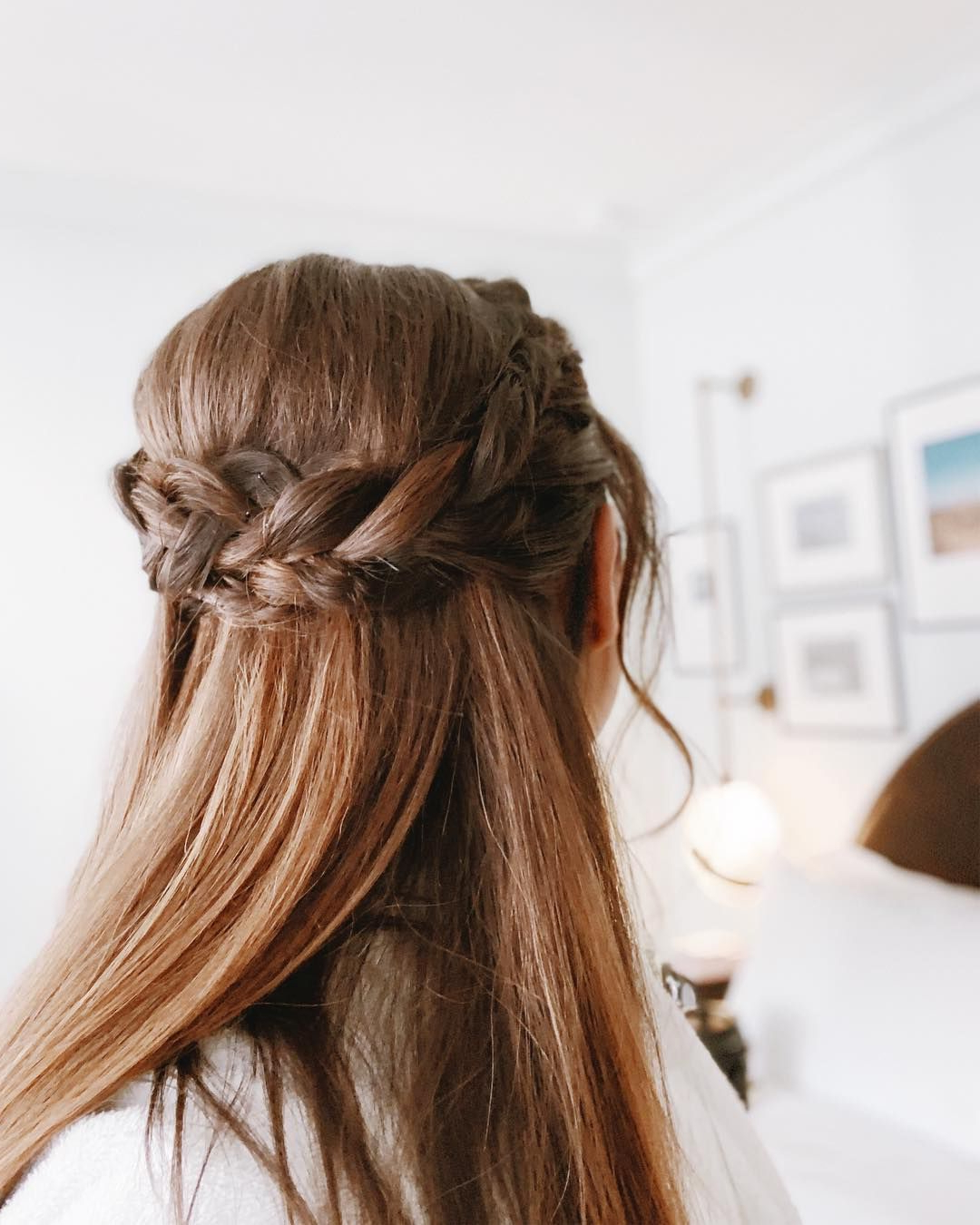 Featured Photo of Half Up Half Down Hairstyles With A Fringe