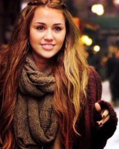 Miley Cyrus Long Hairstyles