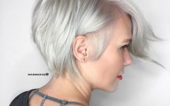 Side-Parted Silver Pixie-Bob Hairstyles