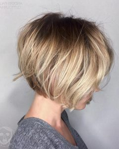 Messy Jaw-length Blonde Balayage Bob Haircuts