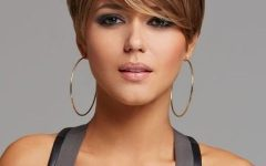 Short Hairstyles For A Square Face