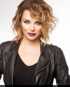 Short Hairstyles For Fine Frizzy Hair