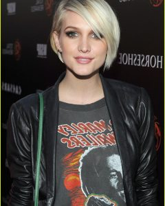 Ashlee Simpson Medium Hairstyles