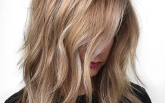Loosely Coiled Tortoiseshell Blonde Hairstyles